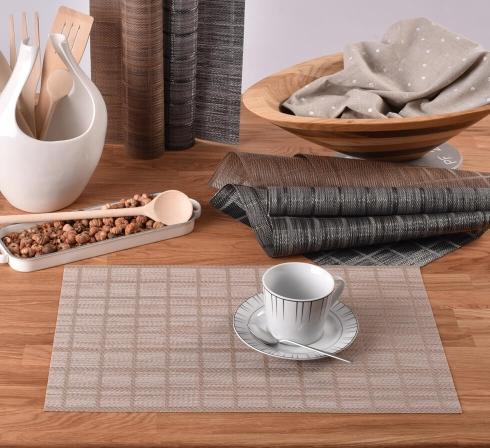 Praktické stolní prostírání PVC